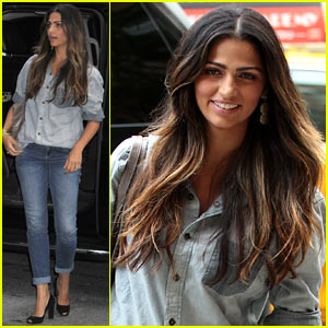Camila Alves: Matthew McConaughey's 'Mud' Gets DVD Date