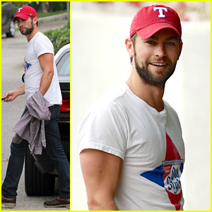 Chace Crawford: Bulging Biceps in Studio City!