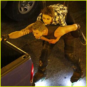 Channing Tatum & Mila Kunis: 'Jupiter Ascending' Stunts!