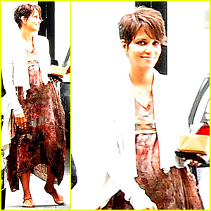 Halle Berry: Fig & Olive Cravings After Comic-Con!