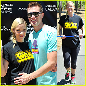 Jaime King & Kyle Newman: Course Of The Force Relay!