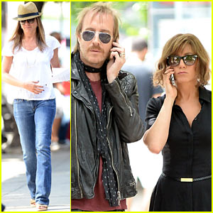 Jennifer Aniston: 'Squirrels to the Nuts' with Rhys Ifans!