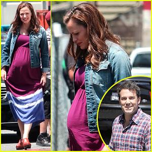 Jennifer Garner Wears Fake Baby Bump for 'Imagine' Filming