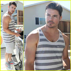 Josh Henderson: Malibu Beach House for Fourth of July!