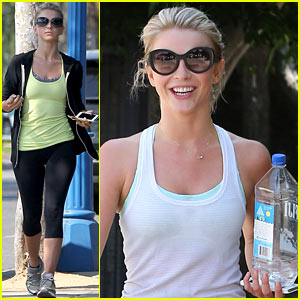 Julianne Hough: 'I Love Menswear for Women'!