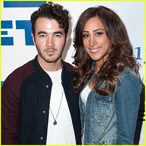 Kevin & Danielle Jonas Expecting First Child!