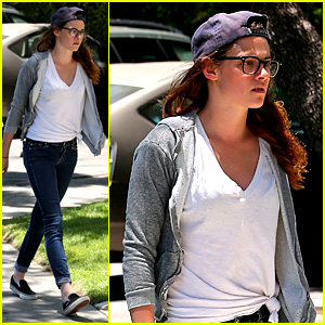 Kristen Stewart Arrives at Studio to Start 'Camp X-Ray' Work!