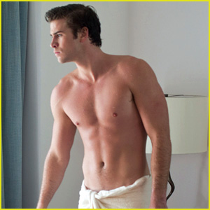 Liam Hemsworth: Shirtless in a Towel for 'Paranoia'!
