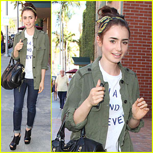 Lily Collins: 'Mortal Instruments' Promotion at Mall of America!