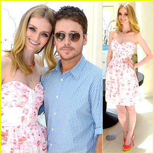 Lydia Hearst: Website Launch with Boyfriend Kevin Connolly!