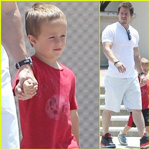 Mark Wahlberg: Last Day to Enter '2 Guns' Raffle!