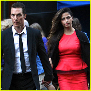 Matthew McConaughey & Camila Alves: NYC Lovebirds!