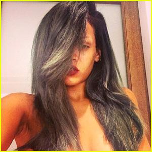 Rihanna: New Gray Hair is 'The New Black'!