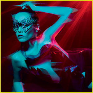 Rinko Kikuchi: 'V' Magazine Fashion Feature - Exclusive!