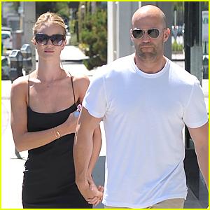Rosie Huntington-Whiteley & Jason Statham Hold Hands While Shopping!