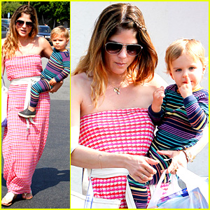 Selma Blair Runs Errands with Nose Picking Arthur