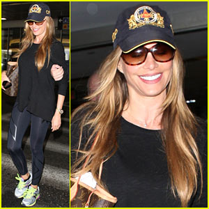 Sofia Vergara Says Goodbye to Vacation!