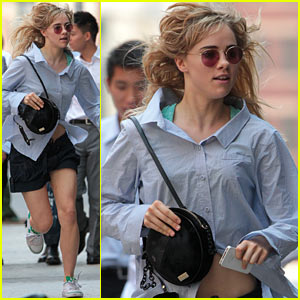 Suki Waterhouse: On the Run in New York City!