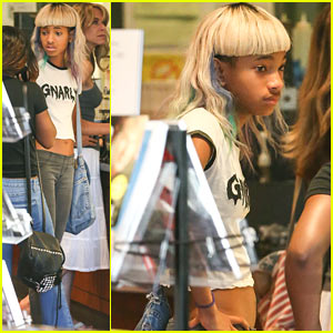 Willow Smith Bares Midriff at Starbucks