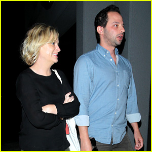 Amy Poehler & Nick Kroll: Hungry Cat Couple!