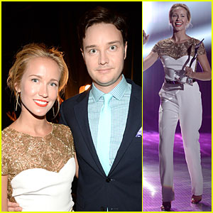 Anna Camp: Honored by Michael McMillian at Young Hollywood Awards!