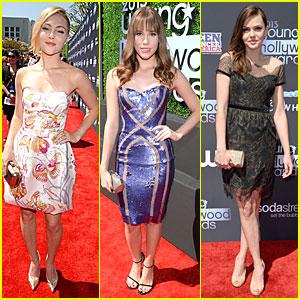 AnnaSophia Robb & Christa B. Allen - Young Hollywood Awards 2013 Red Carpet