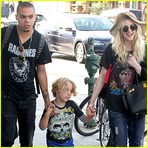 Ashlee Simpson: Bronx Loves Being a Cousin to Maxwell & Ace!