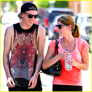 Ashley Greene & Jamie Campbell Bower Leave the Gym Together!