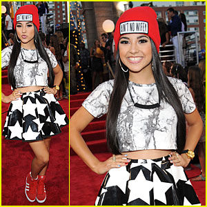 Becky G - MTV VMAs 2013 Red Carpet