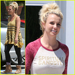Britney Spears Channels Spiritual Gangster for Shopping Trip!