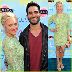 Brittany Snow & Tyler Hoechlin - Teen Choice Awards 2013