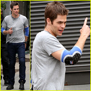 Chris Pine Wears Elbow Pads for 'Jack Ryan' Reshoots