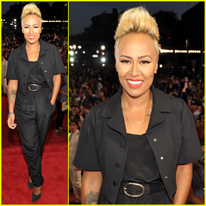 Emeli Sande - MTV VMAs 2013 Red Carpet