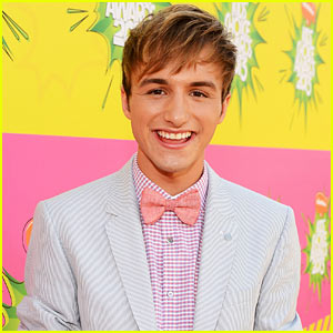 Fred's Lucas Cruikshank Comes Out as Gay (Video)