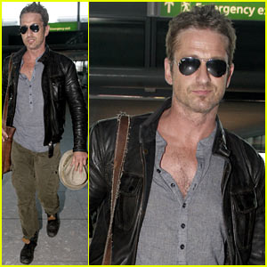 Gerard Butler Flies the Skies Out of Heathrow