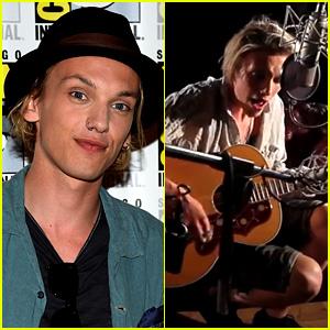 Jamie Campbell Bower Sings Original Song 'Waiting' (Video)
