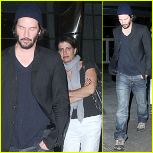 Keanu Reeves: Friday Night Movie with Mystery Woman!