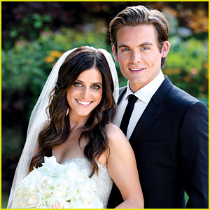 Kevin zegers dating jamie feld pregnant