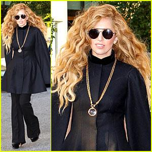 Lady Gaga Continues Rehearsing for MTV VMAs Performance!