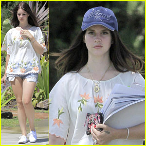 Lana Del Rey: I Can't Wait to See You At 'Tropico' Premieres!