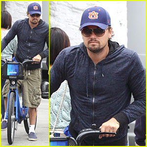 Leonardo DiCaprio: Low Key Chinatown Bike Ride!