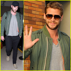 Liam Hemsworth Promotes 'Paranoia' on 'Daily Show with Jon Stewart'!