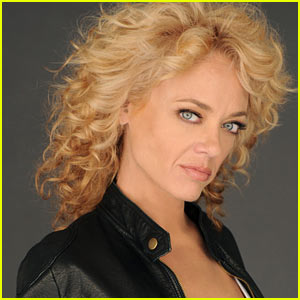 That '70's Show's Lisa Robin Kelly Dead at 43
