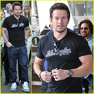 Mark Wahlberg Gives Advice to Justin Bieber!