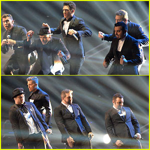 'NSYNC: VMAs 2013 Reunion Performance - WATCH NOW!