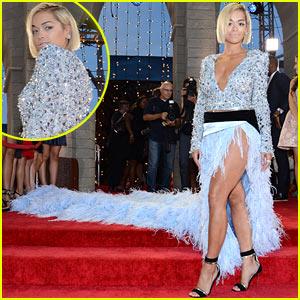 Rita Ora - MTV VMAs 2013 Red Carpet