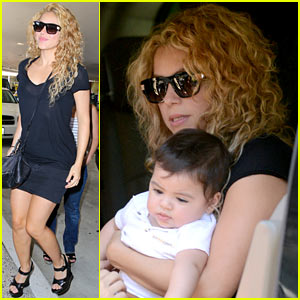 Shakira & Milan Fly From Los Angeles to Paris
