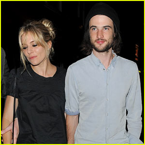 Sienna Miller & Tom Sturridge Enjoy Dinner Date Night in London!