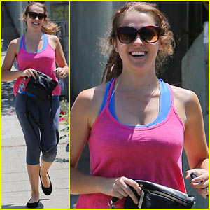 Teresa Palmer: All Smiles After Engagement News!