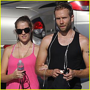 Teresa Palmer & Mark Webber: Sweaty Workout Session!